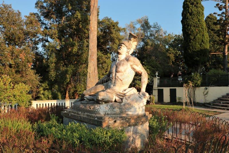 Γλυπτό Achiles στο παλάτι Κέρκυρα, Ελλάδα Achilleion στοκ εικόνες