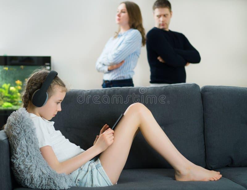 Γονείς στη φιλονικία στοκ εικόνα με δικαίωμα ελεύθερης χρήσης