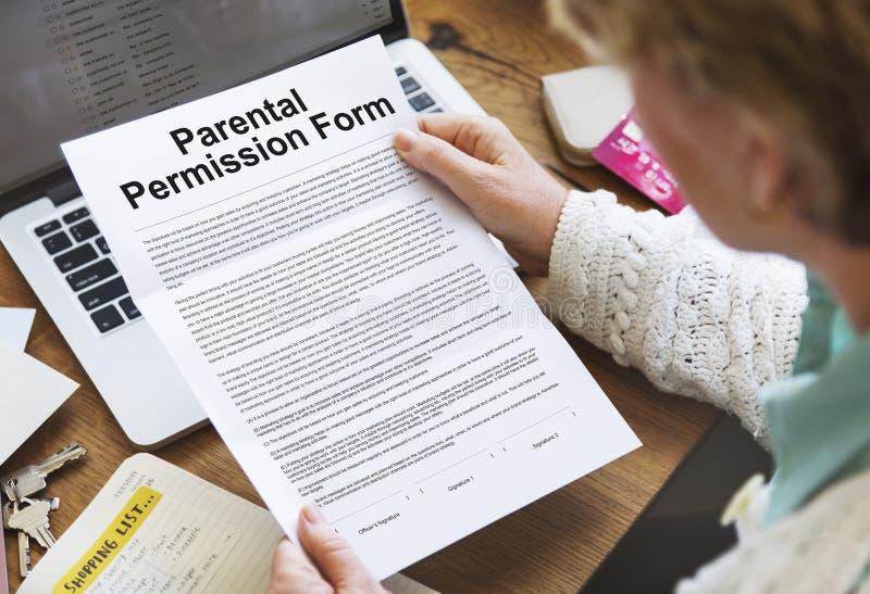 Γονική έννοια συμβάσεων μορφής άδειας στοκ φωτογραφία