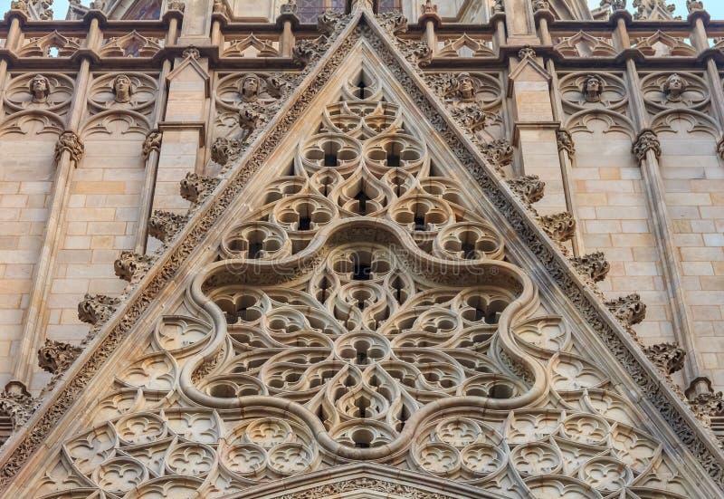 Γοτθική λεπτομέρεια της πρόσοψης και του tracery του καθεδρικού ναού Hol στοκ εικόνες