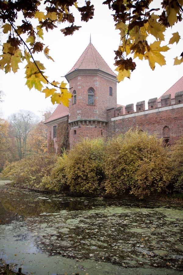Γοτθικό κάστρο σε Oporow, Πολωνία στοκ φωτογραφίες