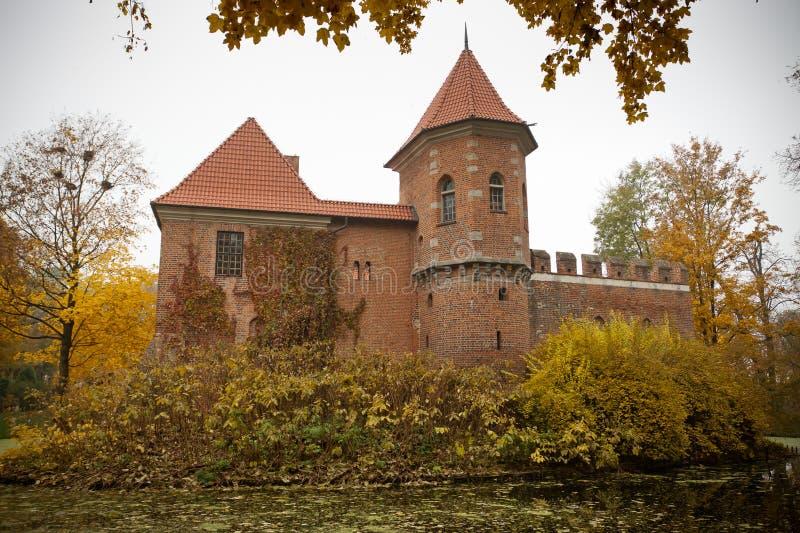 γοτθικό oporow Πολωνία κάστρων στοκ φωτογραφία με δικαίωμα ελεύθερης χρήσης