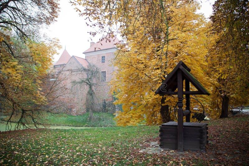 γοτθικό oporow Πολωνία κάστρων στοκ φωτογραφία