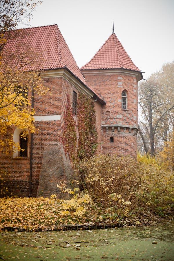γοτθικό oporow Πολωνία κάστρων στοκ φωτογραφίες με δικαίωμα ελεύθερης χρήσης