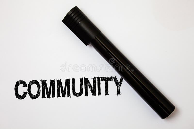 Γράφοντας Κοινότητα κειμένων λέξης Επιχειρησιακή έννοια για τα μηνύματα W ιδεών ομάδας ενότητας συμμαχίας κρατικών συνεταιρισμών  στοκ εικόνες