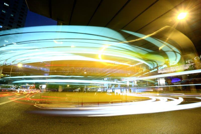 Download Γρήγορα κινούμενη θαμπάδα διαδρόμων Στοκ Εικόνα - εικόνα από highway, απασχολημένος: 13175077