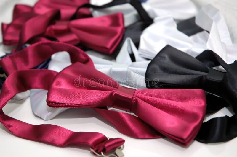 Download γραβάτα στοκ εικόνα. εικόνα από μανεκέν, γραβάτα, περιλαίμιο - 1545515