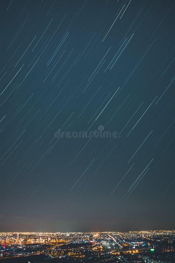 Γραμμή αστεριών πόλεων στοκ εικόνα με δικαίωμα ελεύθερης χρήσης