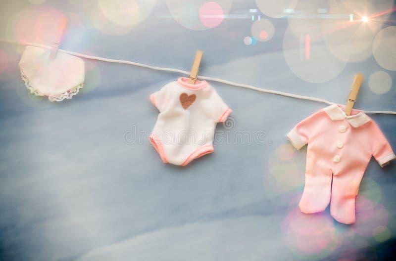 Γραμμή ιματισμού ντους μωρών στοκ φωτογραφίες