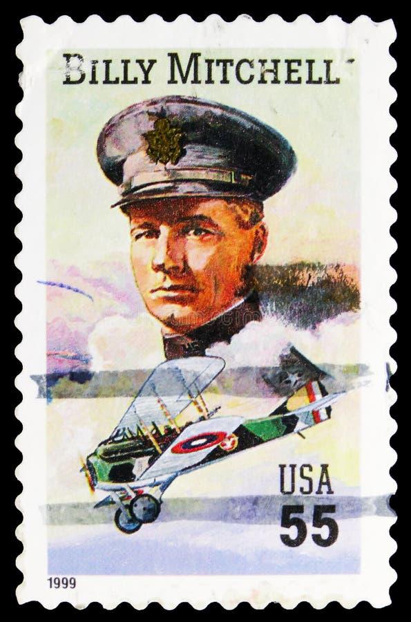 Γραμματόσημο τυπωμένο στις ΗΠΑ δείχνει τον Στρατηγό Γουίλιαμ Μίτσελ, 55 λεπτά - σεντ Ηνωμένων Πολιτειών, 120η επέτειο γέννησης το στοκ εικόνες