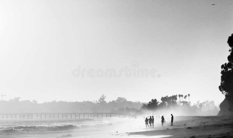 Γραπτός misty ηλιοβασιλέματος στοκ φωτογραφίες