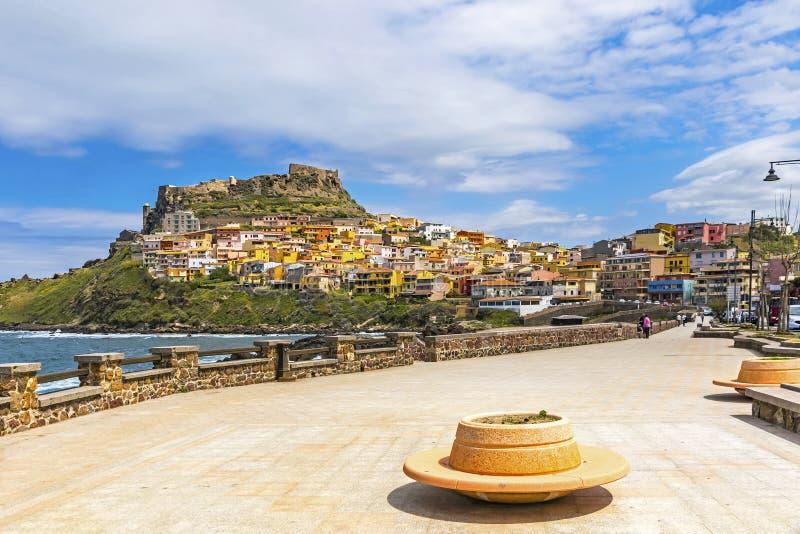 Γραφική άποψη της μεσαιωνικής πόλης Castelsardo, Σαρδηνία, Ιταλία στοκ εικόνες με δικαίωμα ελεύθερης χρήσης