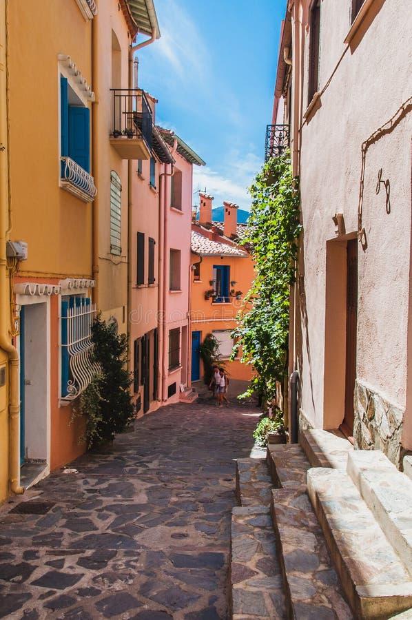 Γραφική άποψη των οδών Collioure, Γαλλία στοκ εικόνα