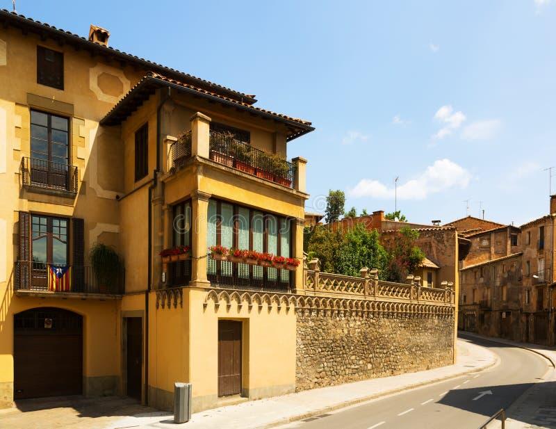 Γραφική οδός της καταλανικής πόλης vic στοκ φωτογραφία