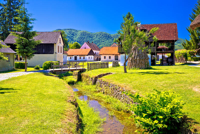 Γραφικό χωριό Kumrovec στην περιοχή Zagorje της Κροατίας στοκ φωτογραφία με δικαίωμα ελεύθερης χρήσης