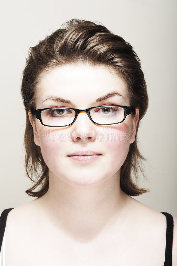 γυαλιά κοριτσιών έξυπνα στοκ εικόνες με δικαίωμα ελεύθερης χρήσης