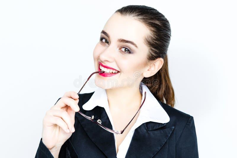 Γυαλιά εκμετάλλευσης επιχειρηματιών στοκ φωτογραφία με δικαίωμα ελεύθερης χρήσης