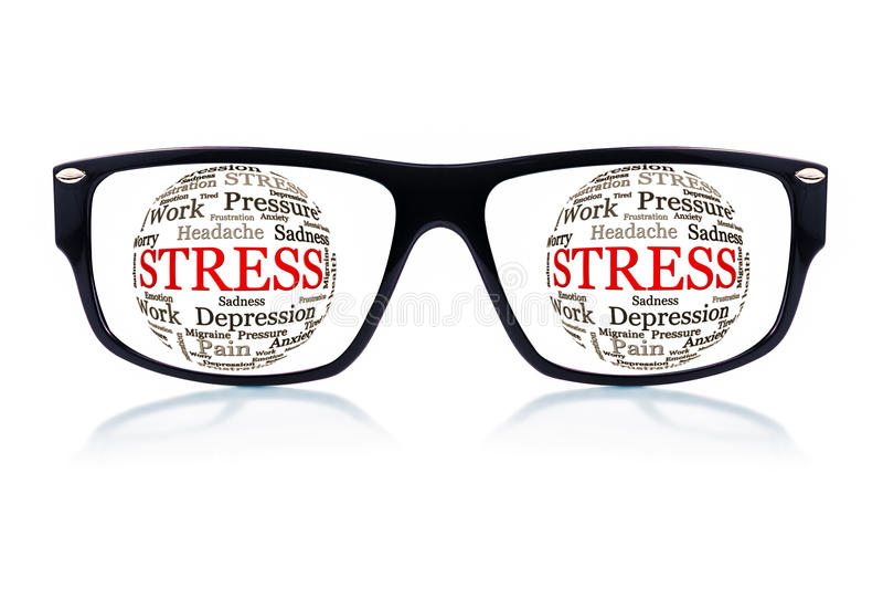 Γυαλιά ηλίου με την πίεση λέξης αντί των ματιών στοκ φωτογραφία με δικαίωμα ελεύθερης χρήσης