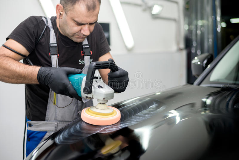 Γυαλισμένο μαύρο αυτοκίνητο στοκ φωτογραφία με δικαίωμα ελεύθερης χρήσης
