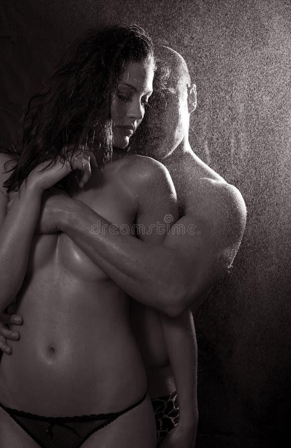 Download γυμνή γυναίκα ανδρών αγάπης Στοκ Εικόνες - εικόνα από ρωμανικός, πάθος: 13175280
