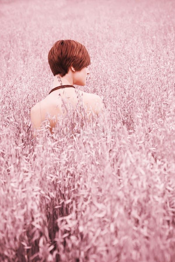 γυμνή γυναίκα λιβαδιών στοκ εικόνα