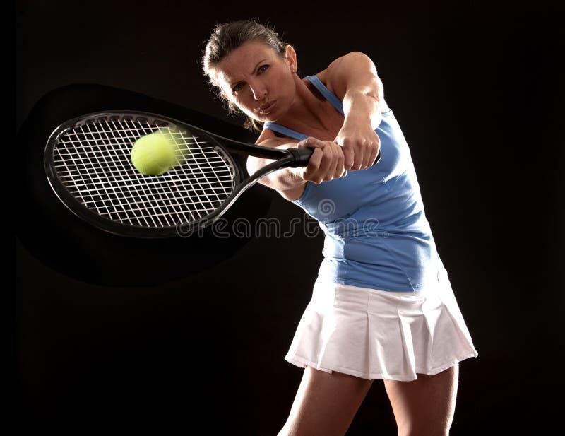 Γυναίκα αντισφαίρισης στοκ φωτογραφίες με δικαίωμα ελεύθερης χρήσης
