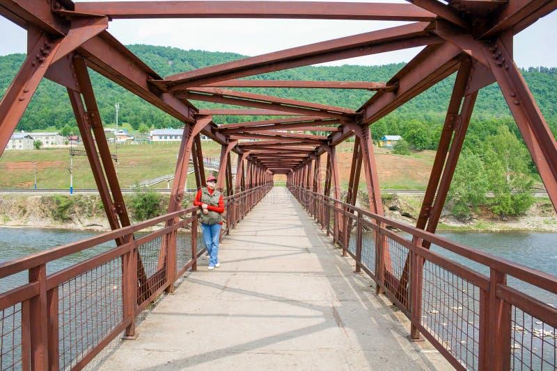 γυναίκα γεφυρών στοκ εικόνες με δικαίωμα ελεύθερης χρήσης