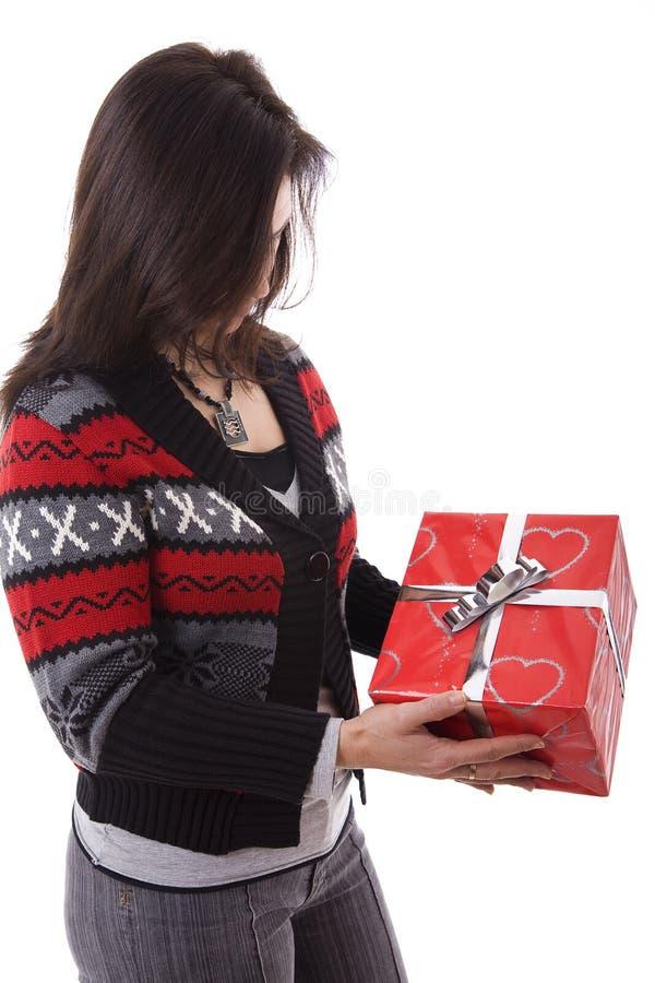 γυναίκα δώρων στοκ φωτογραφία με δικαίωμα ελεύθερης χρήσης