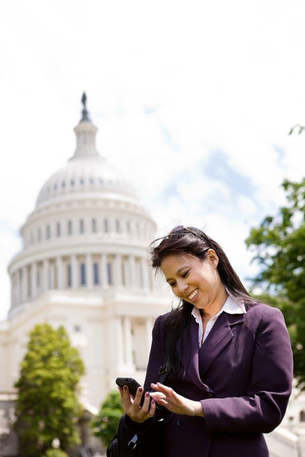 γυναίκα επιχειρησιακού συνεχούς ρεύματος Ουάσιγκτον στοκ φωτογραφία με δικαίωμα ελεύθερης χρήσης