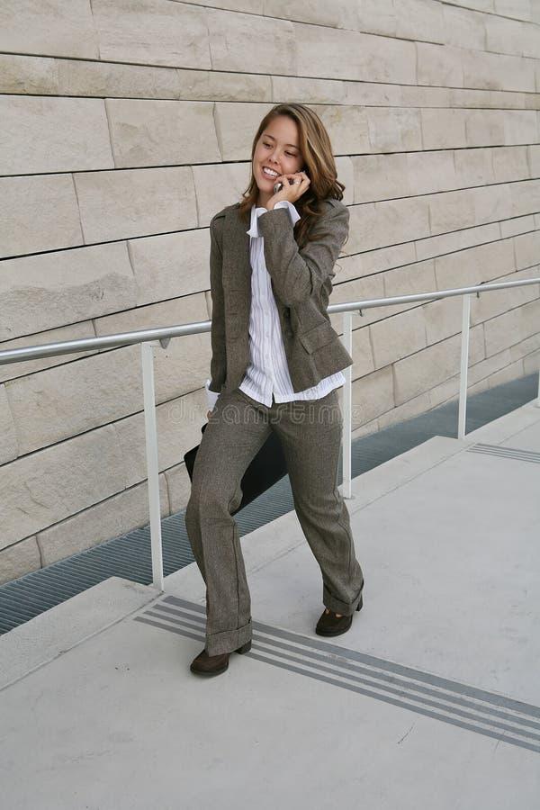 Download γυναίκα επιχειρησιακών τ στοκ εικόνα. εικόνα από γοητεία - 1528619