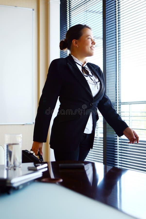 γυναίκα επιχειρησιακών &epsi στοκ εικόνες με δικαίωμα ελεύθερης χρήσης