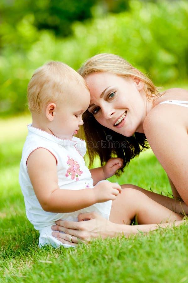 Γυναίκα και παιδί στοκ φωτογραφίες