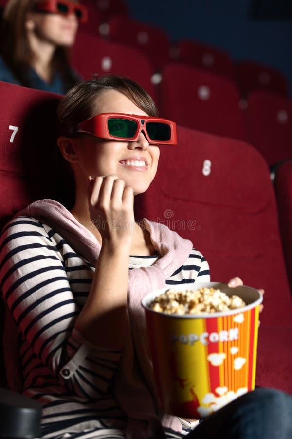 γυναίκα κινηματογράφων joyfull στοκ φωτογραφία με δικαίωμα ελεύθερης χρήσης