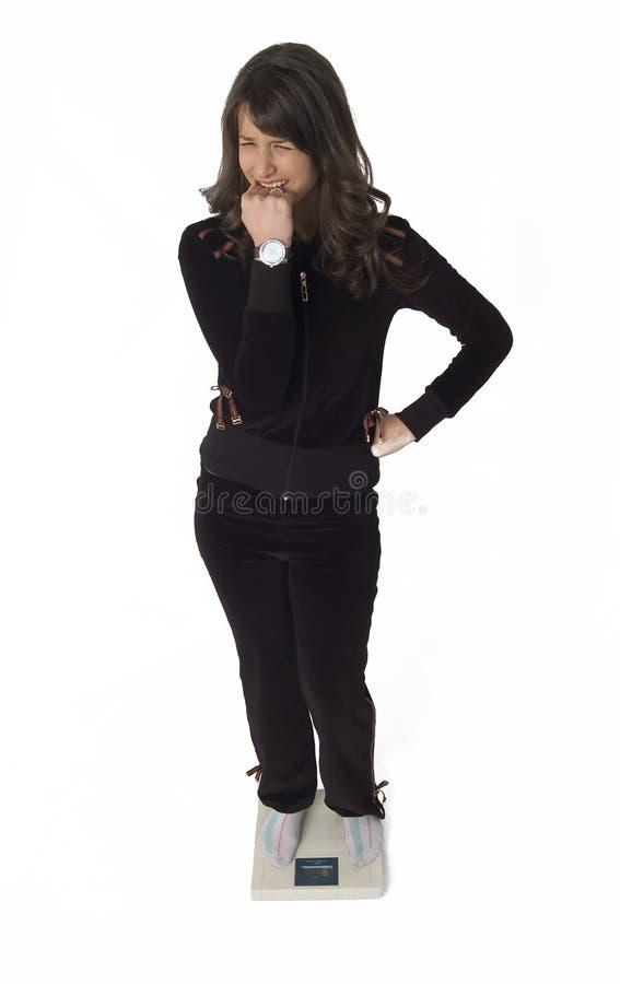 γυναίκα κλίμακας στοκ φωτογραφία με δικαίωμα ελεύθερης χρήσης