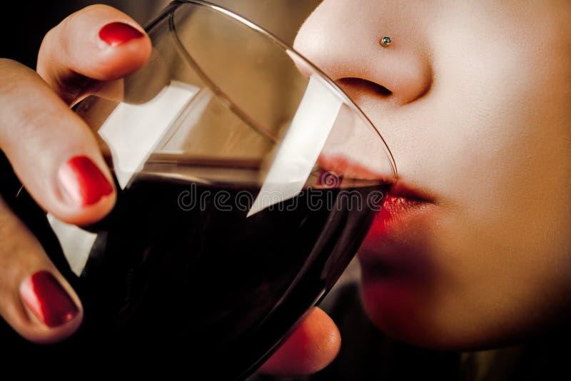 γυναίκα κρασιού στοκ εικόνες