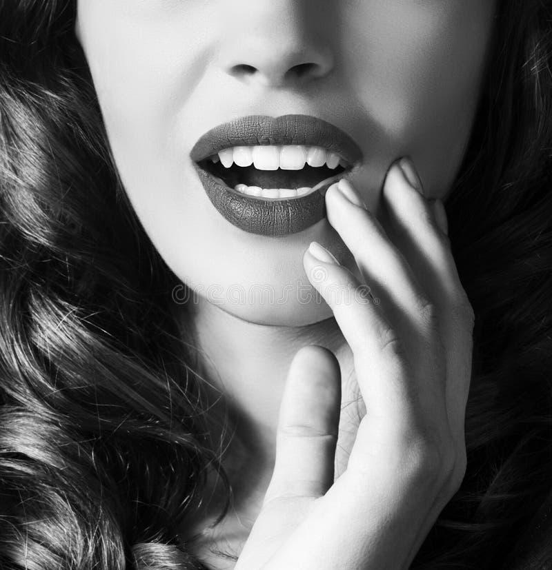 Γυναίκα με τη μόδα makeup στοκ φωτογραφία