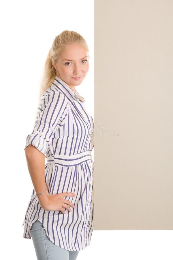 Γυναίκα με το έμβλημα πινάκων στοκ εικόνες με δικαίωμα ελεύθερης χρήσης