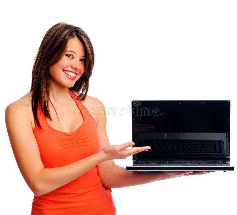 γυναίκα παρουσίασης lap-top στοκ φωτογραφίες