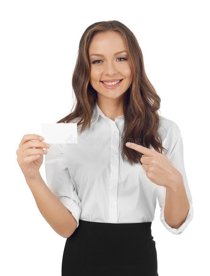 Γυναίκα που παρουσιάζει μια επαγγελματική κάρτα στοκ φωτογραφία με δικαίωμα ελεύθερης χρήσης