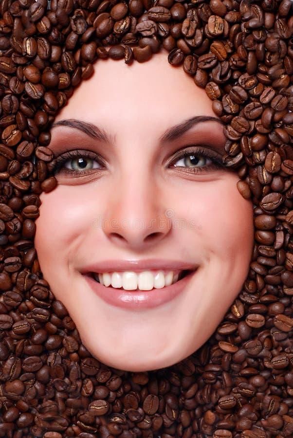 γυναίκα προσώπου s καφέ φα&si στοκ εικόνα με δικαίωμα ελεύθερης χρήσης