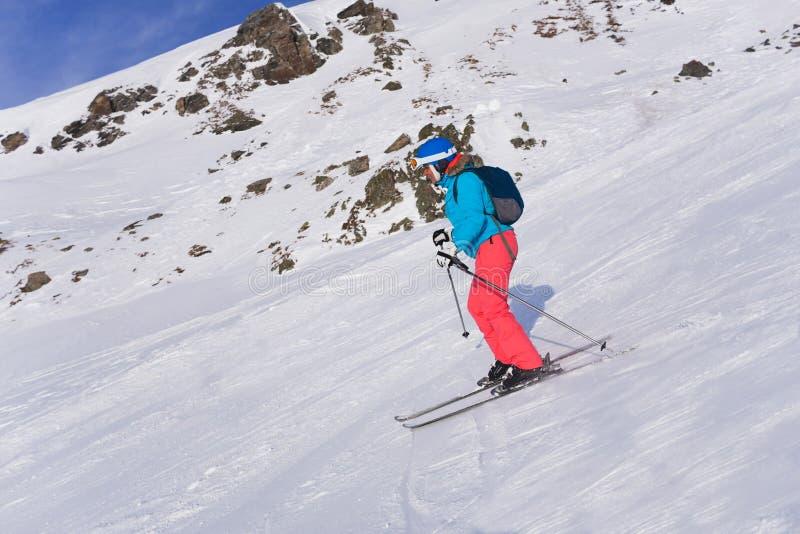 γυναίκα σκι στοκ φωτογραφίες