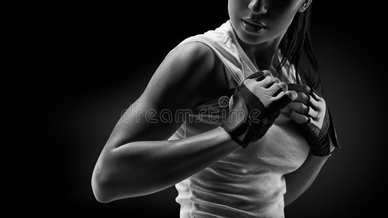 Γυναίκα στην αθλητική ενδυμασία στοκ φωτογραφίες