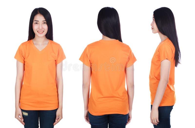Γυναίκα στην μπλούζα που απομονώνεται στο άσπρο υπόβαθρο στοκ εικόνα