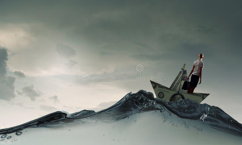 Γυναίκα στη βάρκα δολαρίων στοκ εικόνα με δικαίωμα ελεύθερης χρήσης