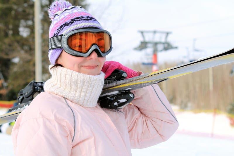 Γυναίκα στο χιόνι στοκ εικόνα