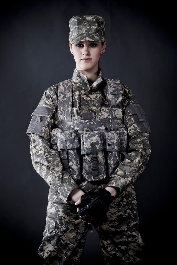 γυναίκα στρατιωτών στοκ εικόνες με δικαίωμα ελεύθερης χρήσης