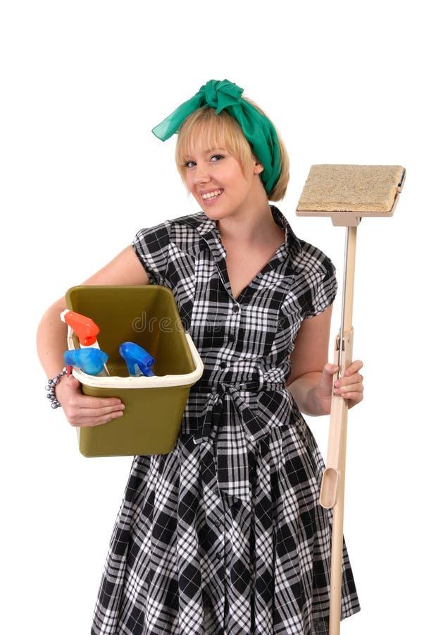 γυναίκα σφουγγαριστρών οικιακών κάδων στοκ εικόνες
