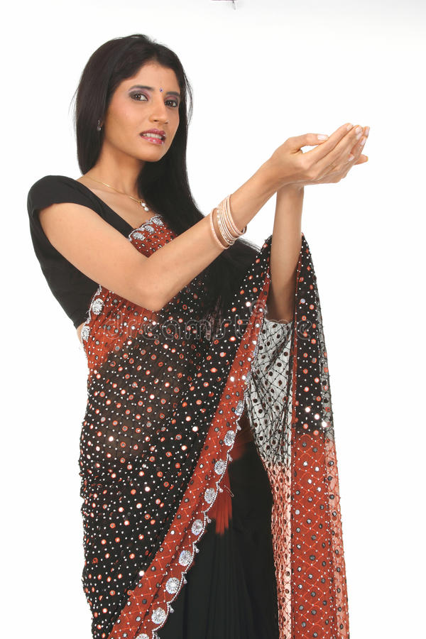 γυναίκα της Sari εκμετάλλε&up στοκ εικόνες