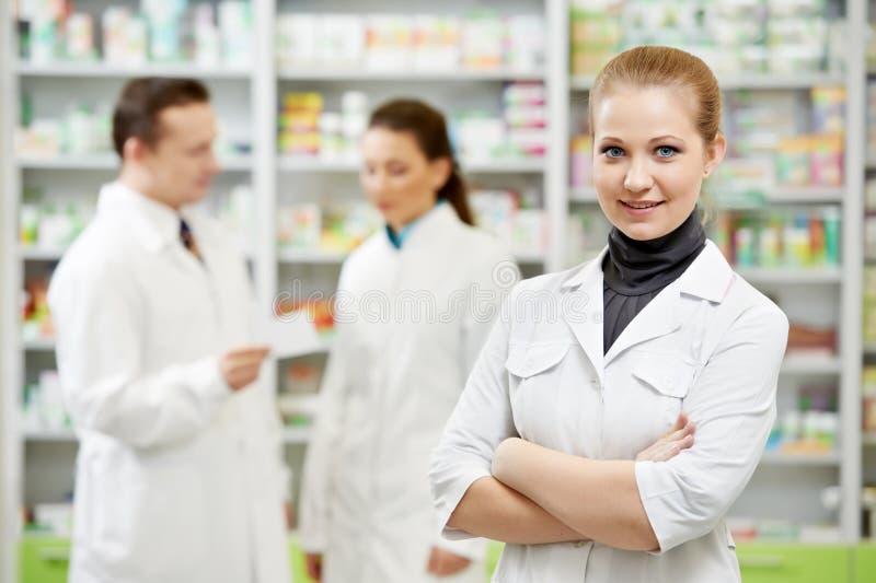 γυναίκα φαρμακείων φαρμα&k στοκ φωτογραφία