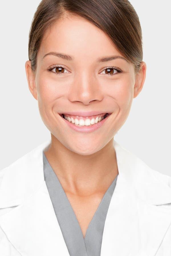 γυναίκα φαρμακοποιών στοκ φωτογραφία
